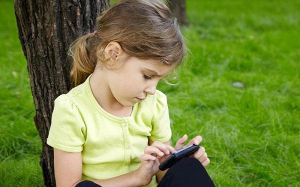 kogda pokypat smartfon Во сколько лет покупать смартфон ребенку?